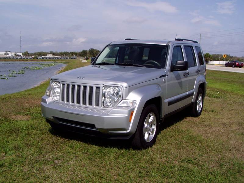 one owner 2011 jeep liberty sport 4 4 for sale. Black Bedroom Furniture Sets. Home Design Ideas
