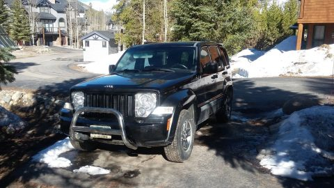 Light upgrades 2008 Jeep Liberty Black 4×4 for sale