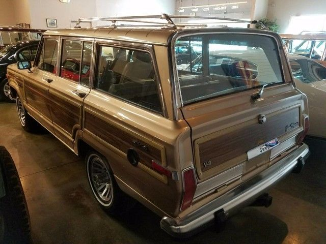2017 Grand Wagoneer Woody >> Desirable color 1989 Jeep Grand Wagoneer Limited 4X4 for sale