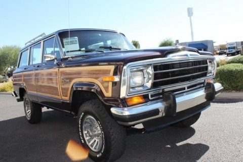 Flawless 1989 Jeep Wagoneer Limited 4X4 for sale
