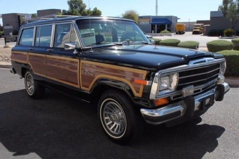Very rare 1988 Jeep Wagoneer Limited 4X4 for sale