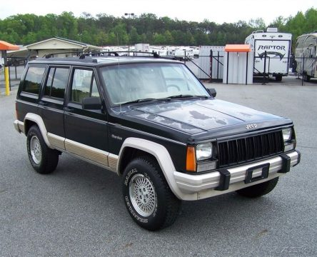 Rust free 1996 Jeep Cherokee Country Classic 4×4 for sale