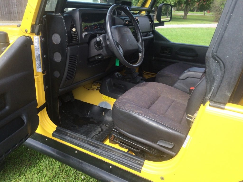 custom features 2001 Jeep Wrangler TJ 4×4