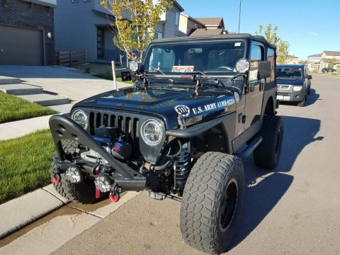 many extras 2002 Jeep Wrangler X 4×4 for sale