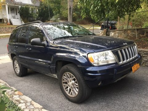 Nicely equipped 2004 Jeep Grand Cherokee Limited for sale
