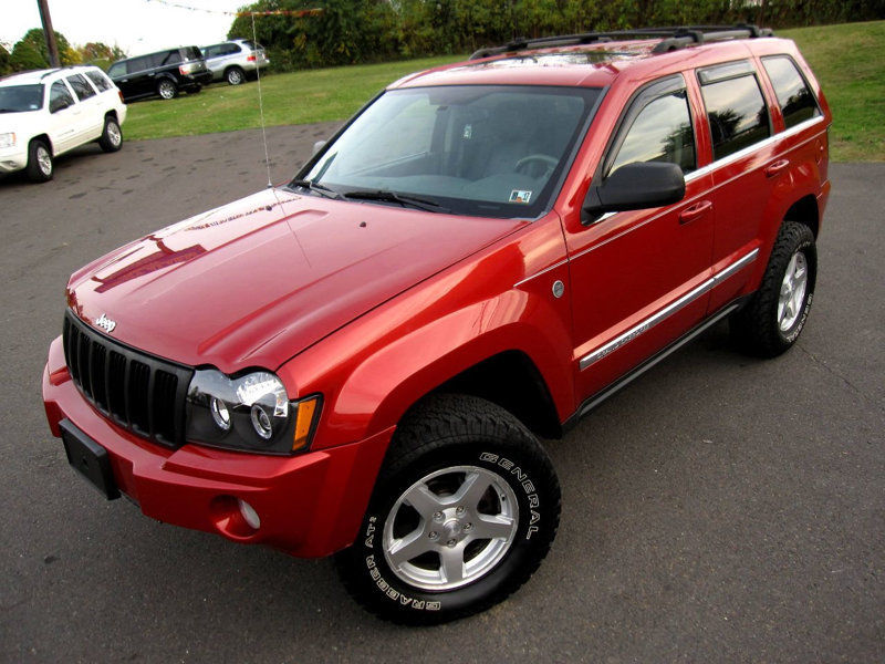 Clean 2005 Jeep Grand Cherokee Limited 4 215 4 For Sale