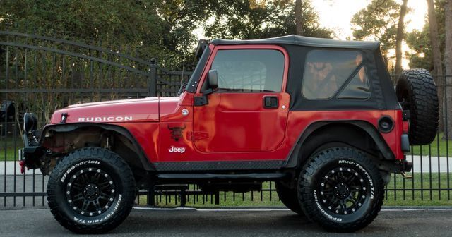 custom wheels 2006 Jeep Wrangler Rubicon 4×4