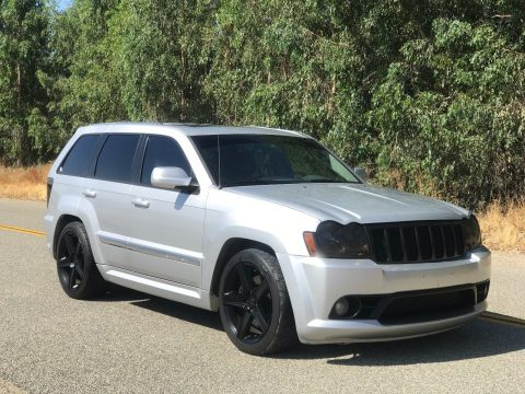 lowered 2006 Jeep Grand Cherokee SRT8 4×4 for sale