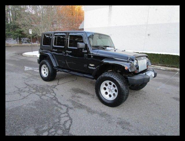 garage kept 2008 Jeep Wrangler Unlimited Sahara Navigation 4×4