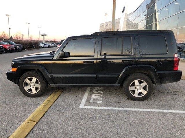 loaded 2009 Jeep Commander Sport 4×4