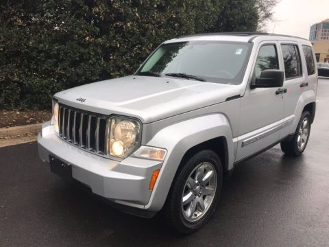 loaded 2011 Jeep Liberty limited 4×4 for sale