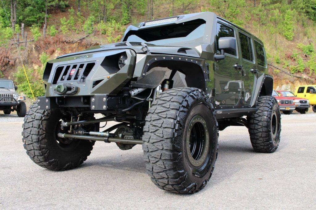 custom built 2015 Jeep Wrangler Rubicon 4×4