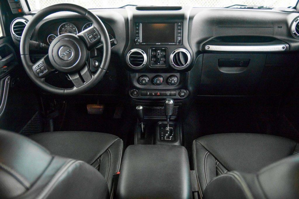 custom interior 2015 Jeep Wrangler Rubicon 6.4L Hemi Conversion 4×4