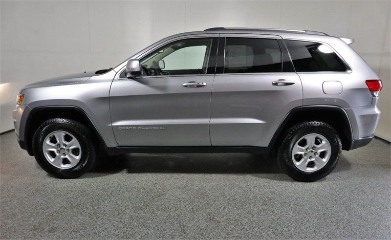 low miles 2015 Jeep Grand Cherokee 4×4