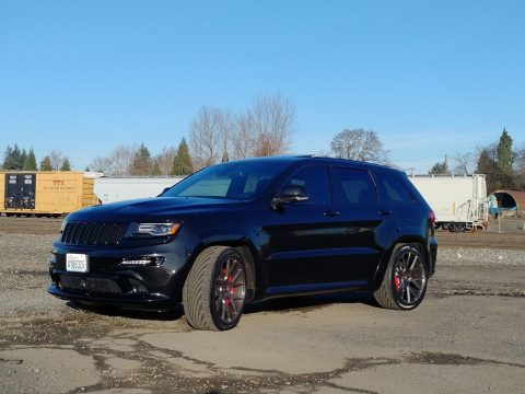 Pampered 2015 Jeep Grand Cherokee 4×4 for sale