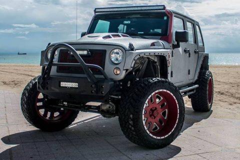 very low miles 2015 Jeep Wrangler CUSTOM 4×4 for sale