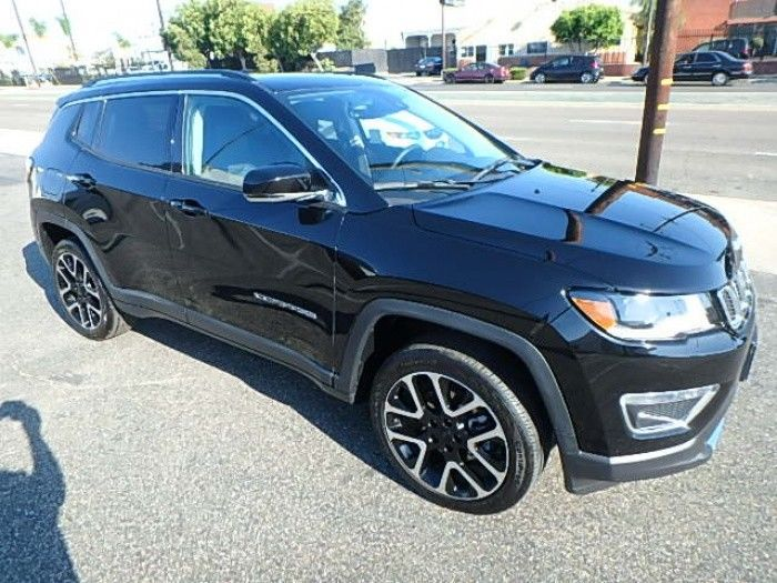 well equipped 2017 Jeep Compass Limited 4×4