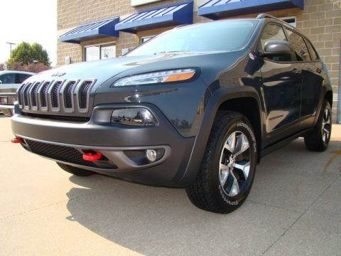 well optioned 2017 Jeep Cherokee Trailhawk L Plus 4×4 for sale