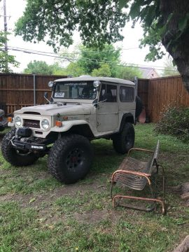 customized 1974 Toyota Land Cruiser FJ40 4×4 for sale