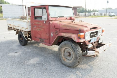 needs tlc 1979 Toyota Land Cruiser Pick Up 4×4 for sale