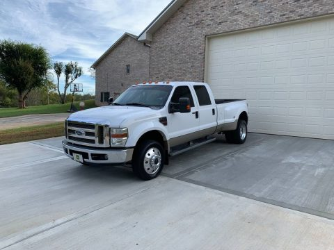 many extras 2008 Ford F 450 Lariat pickup 4×4 for sale