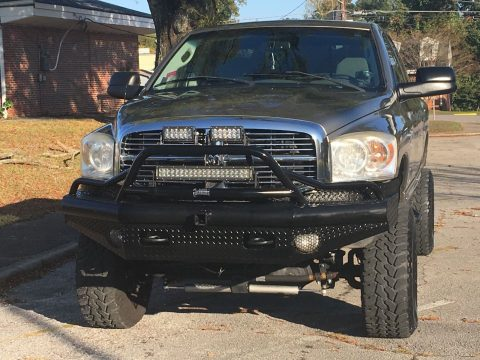 lifted 2009 Dodge Ram 2500 SLT 4×4 for sale