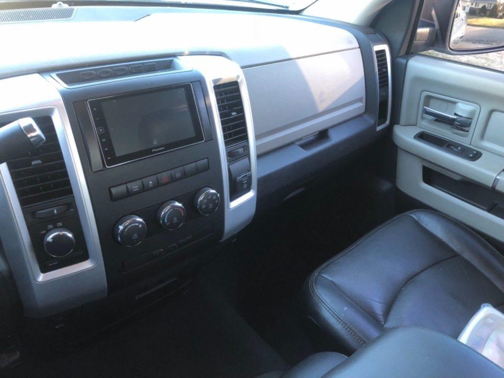 very clean 2010 Dodge Ram 1500 Bighorn 4×4