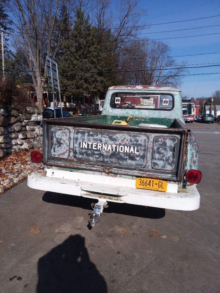 vintage 1964 International Harvester pickup 4×4