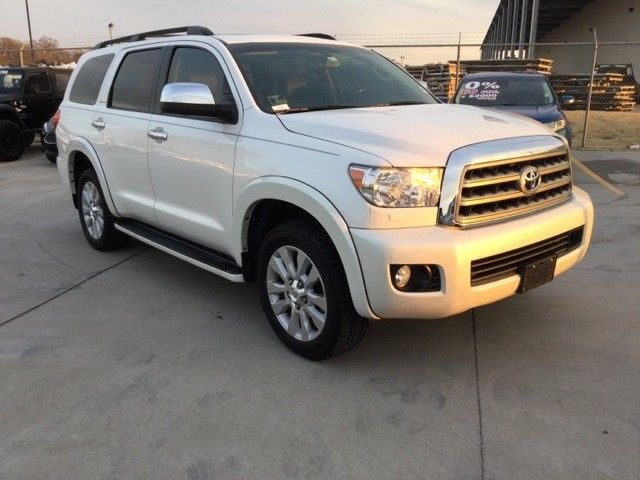 well equipped 2015 Toyota Sequoia Platinum 4×4