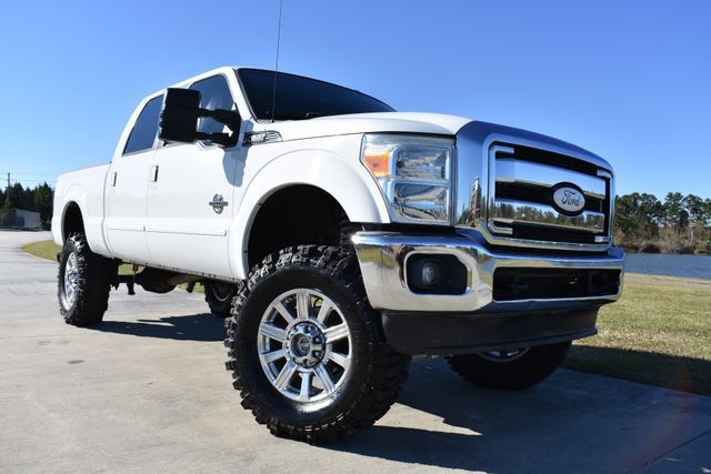 clean 2011 Ford F 250 Lariat 4×4