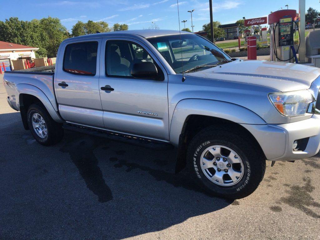 well equipped 2012 Toyota Tacoma TRD 4×4