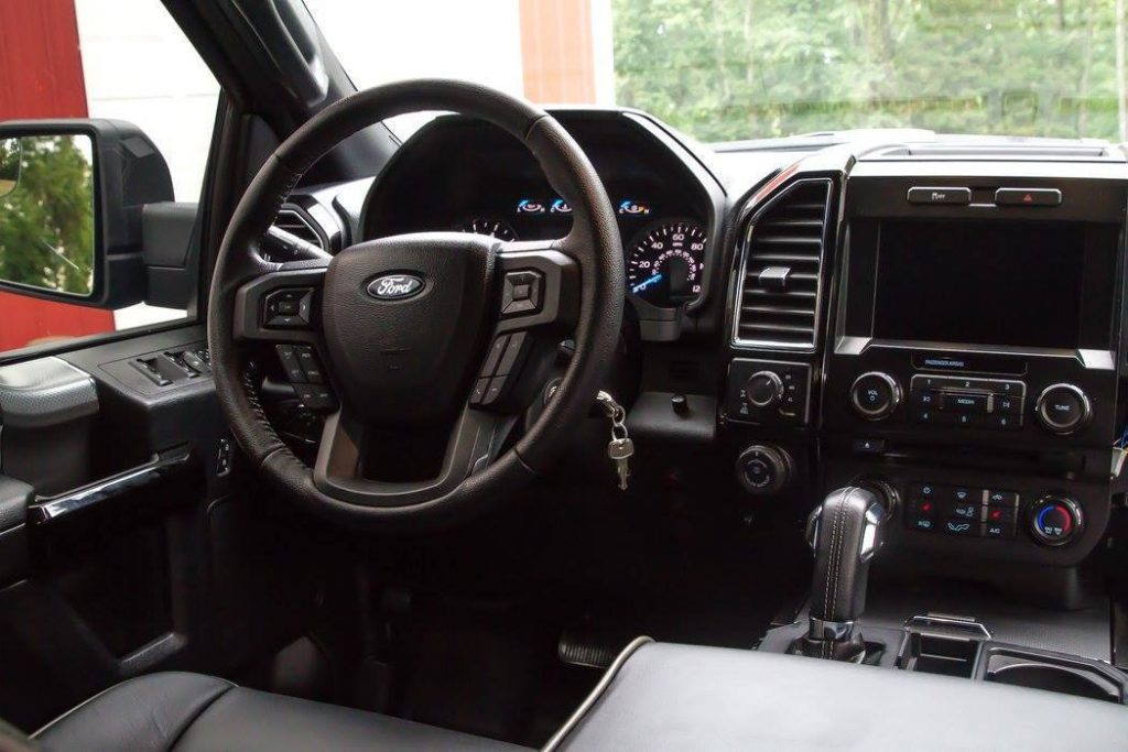 well upgraded 2016 Ford F 150 Crew Cab 4×4