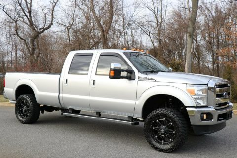 fully loaded 2012 Ford F 350 LARIAT 4×4 for sale