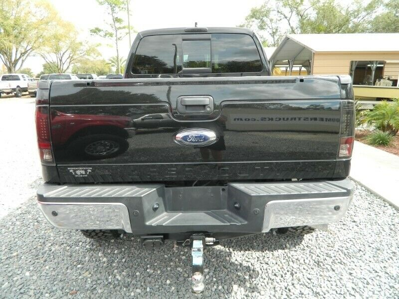 lifted 2013 Ford F 250 Lariat 4×4