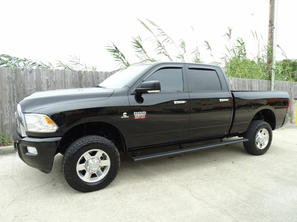 loaded 2012 Dodge Ram 2500 Lone Star crew cab 4×4