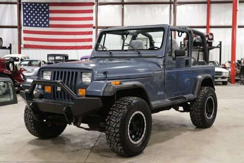 low mileage 1992 Jeep Wrangler 4×4 for sale