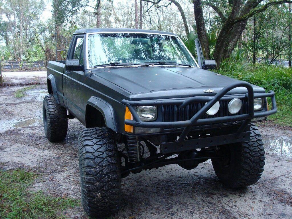 rare 1990 Jeep Comanche 4×4