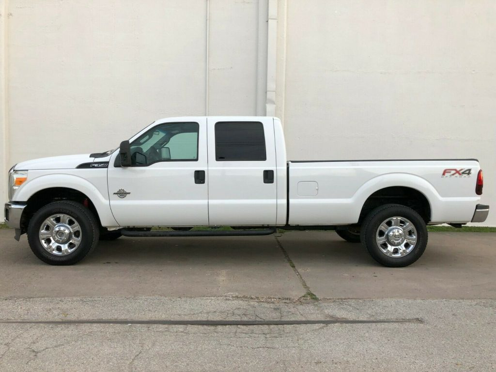 very clean 2012 Ford F 350 4×4