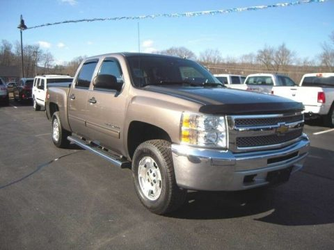great shape 2013 Chevrolet Silverado 1500 LT pickup 4×4 for sale