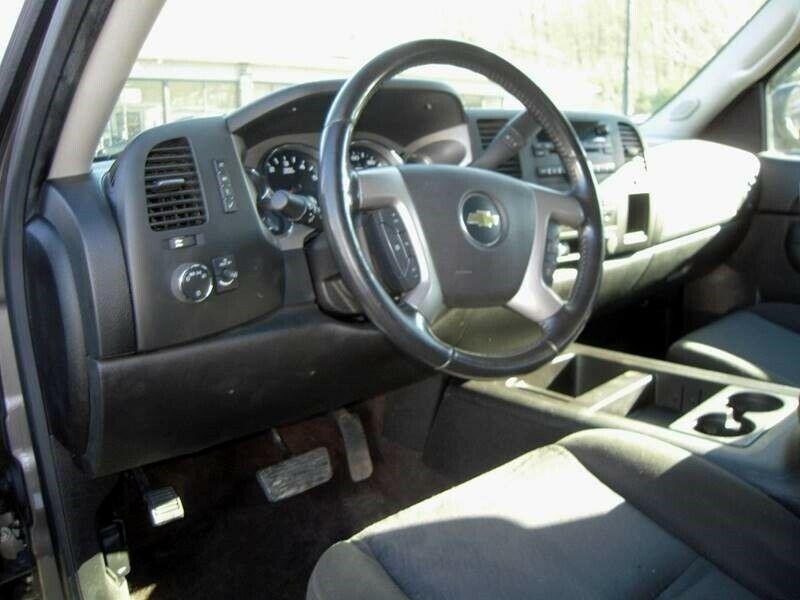 great shape 2013 Chevrolet Silverado 1500 LT pickup 4×4