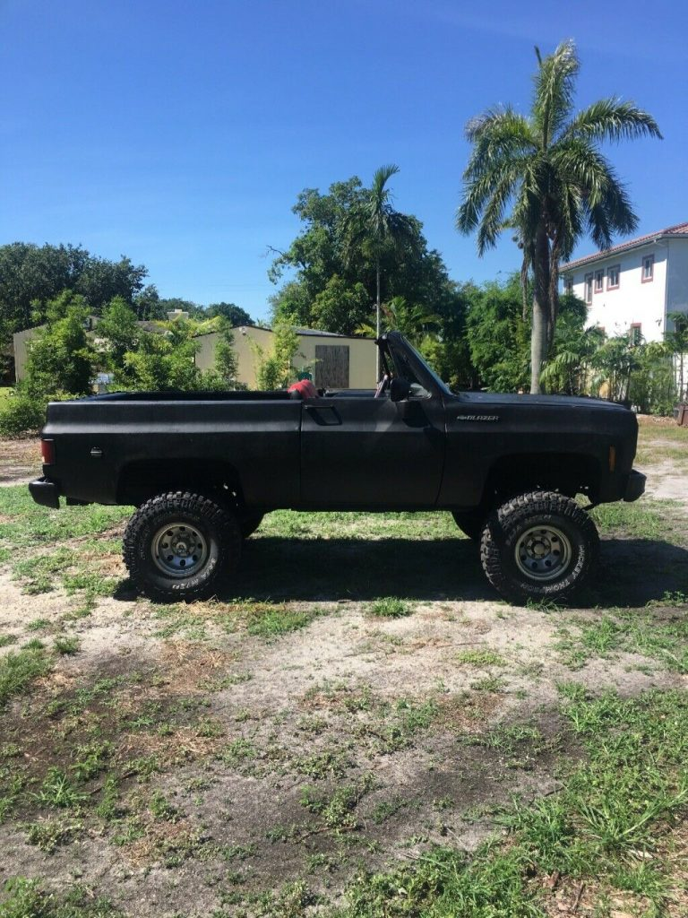 lifted 1975 Chevrolet K5 Blazer pickup 4×4