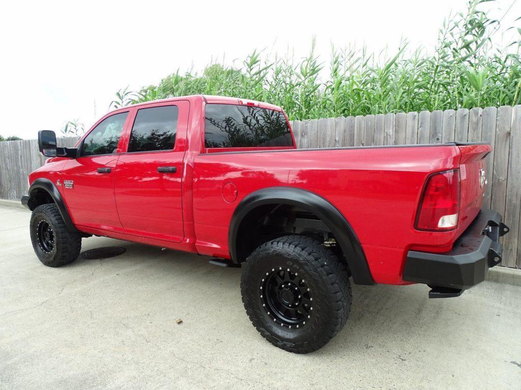 loaded 2012 Dodge Ram 2500 ST pickup 4×4
