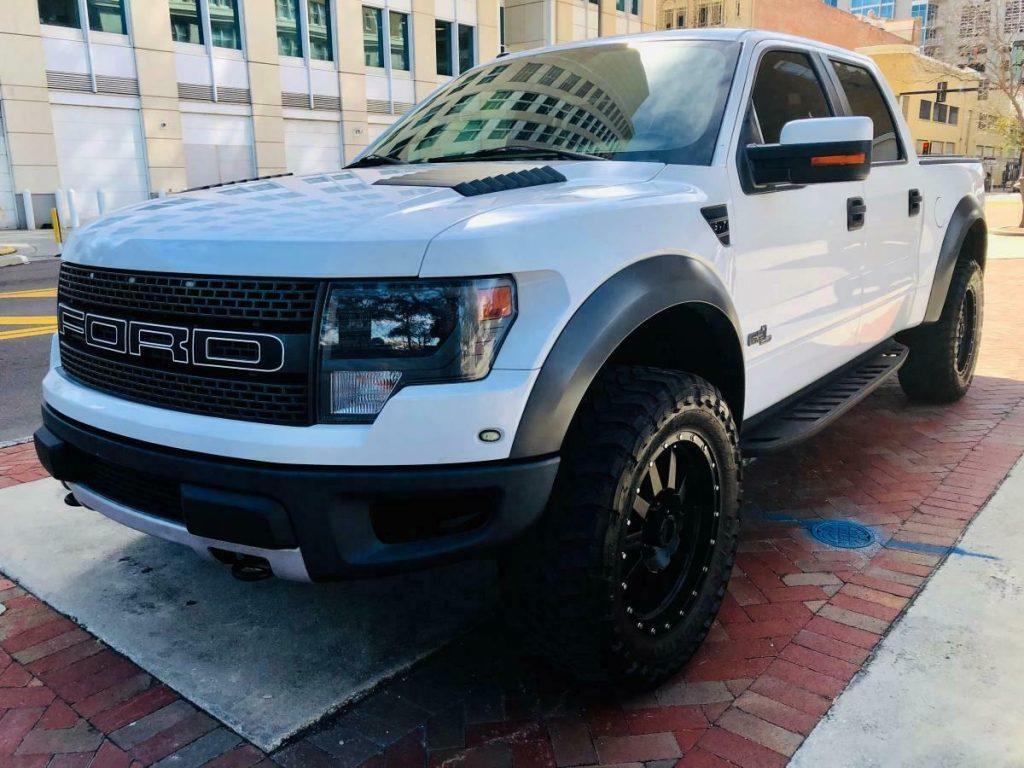 loaded 2013 Ford F 150 SVT Raptor 4×4