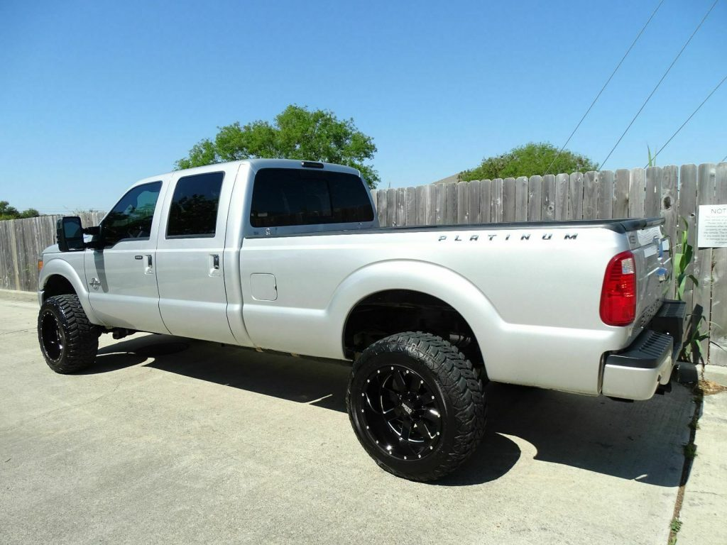 loaded 2013 Ford F 350 Lariat 4×4