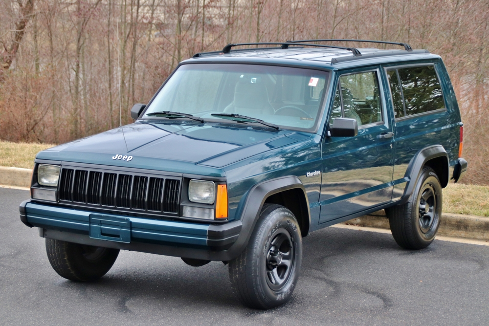 mint 1996 Jeep Cherokee 4X4