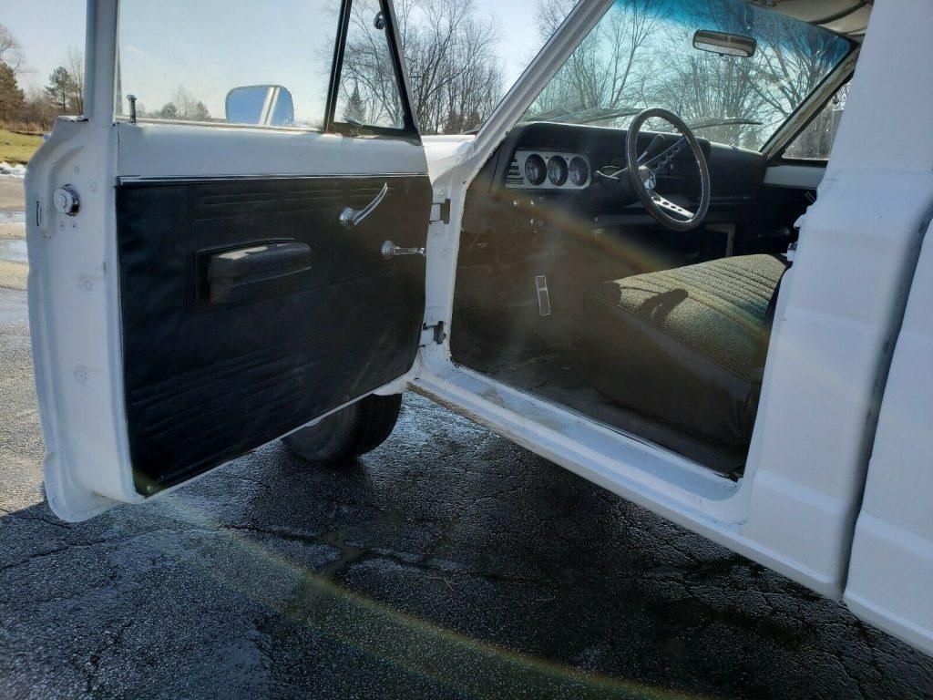 new parts 1973 Jeep J 4500 4×4
