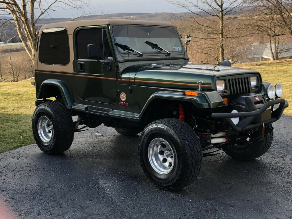 very nice 1995 Jeep Wrangler Sahara 4×4