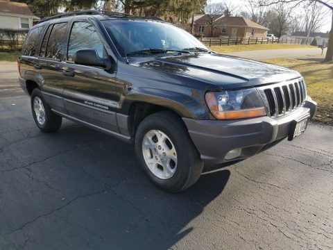 very nice 1999 Jeep Grand Cherokee Laredo 4×4 for sale