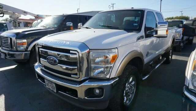 well equipped 2013 Ford F 250 Lariat 4×4