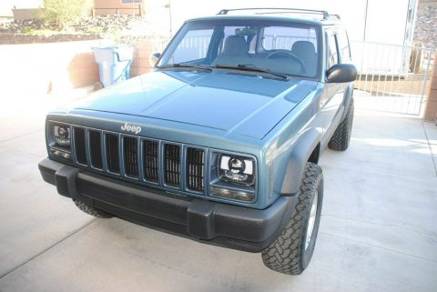 well maintained 1999 Jeep Cherokee SPORT 4×4 for sale